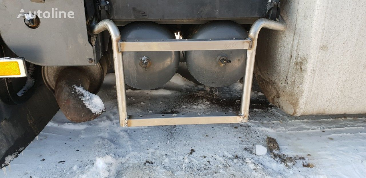 new footboard for VOLVO tractor unit